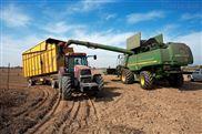 国内三行玉米联合收割机专业生产基地当属冀新